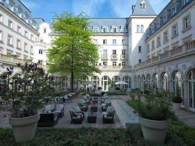 rocco forte villa kennedy frankfurt die besten 1000 hotels der welt. Black Bedroom Furniture Sets. Home Design Ideas