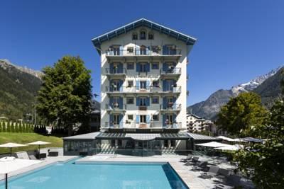 H tel mont blanc chamonix frankreich die besten 1000 for Designhotel ostdeutschland