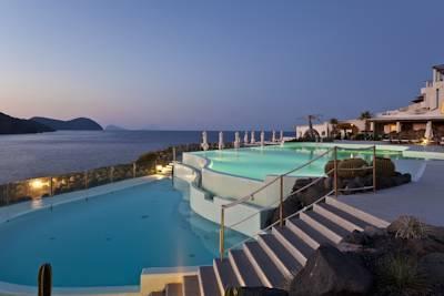 therasia resort vulcano die besten 1000 hotels der welt. Black Bedroom Furniture Sets. Home Design Ideas