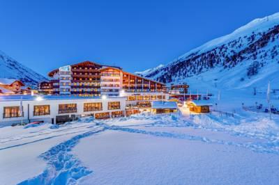 alpen wellness resort hochfirst obergurgl die besten 1000 hotels der welt. Black Bedroom Furniture Sets. Home Design Ideas